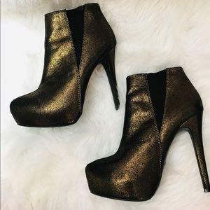 Rock & Republic Copper Metallic Booties Heels